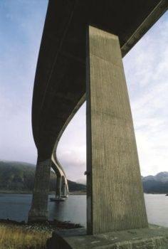 Bridge Bruecken Boden versiegeln reinigen controll deepclean partner SALP Construction Deutschland