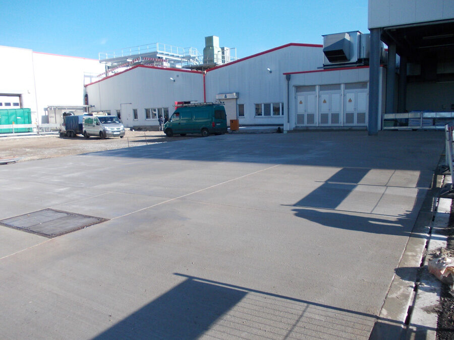 Industrie Boden versiegeln reinigen controll deepclean partner SALP Construction Deutschland