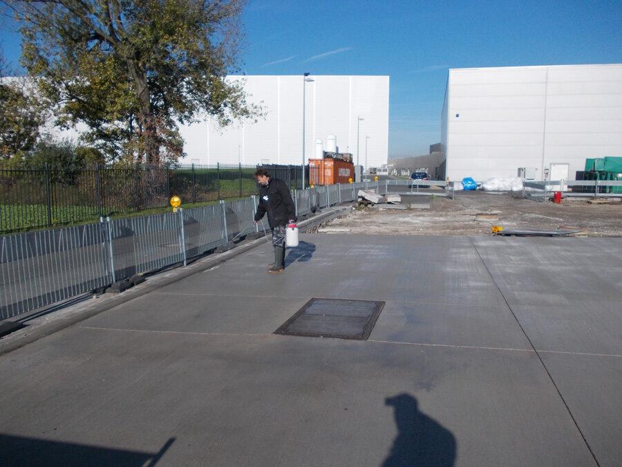 Industrie aussen Boden versiegeln reinigen controll deepclean partner SALP Construction Deutschland
