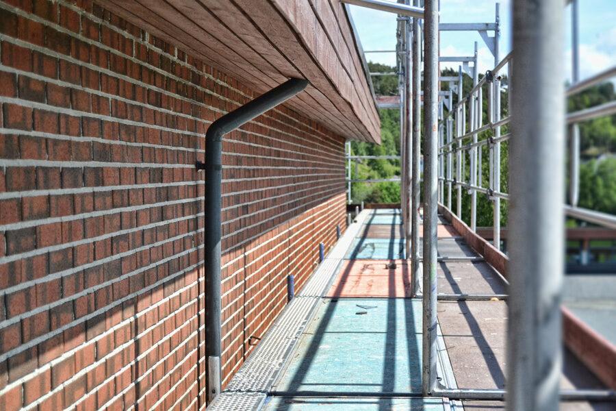 School Wände Feuchtigkeit komsol controll innerseal Topseal partner SALP Construction Deutschland Boden